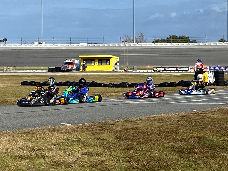 Towles leads Linsell, Fox and Maxwell in the pre-final