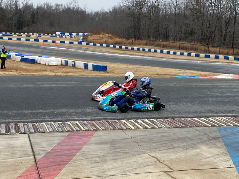 Winner Victor Turner and Chase Anderson (118) race to the finish of Briggs Heavy