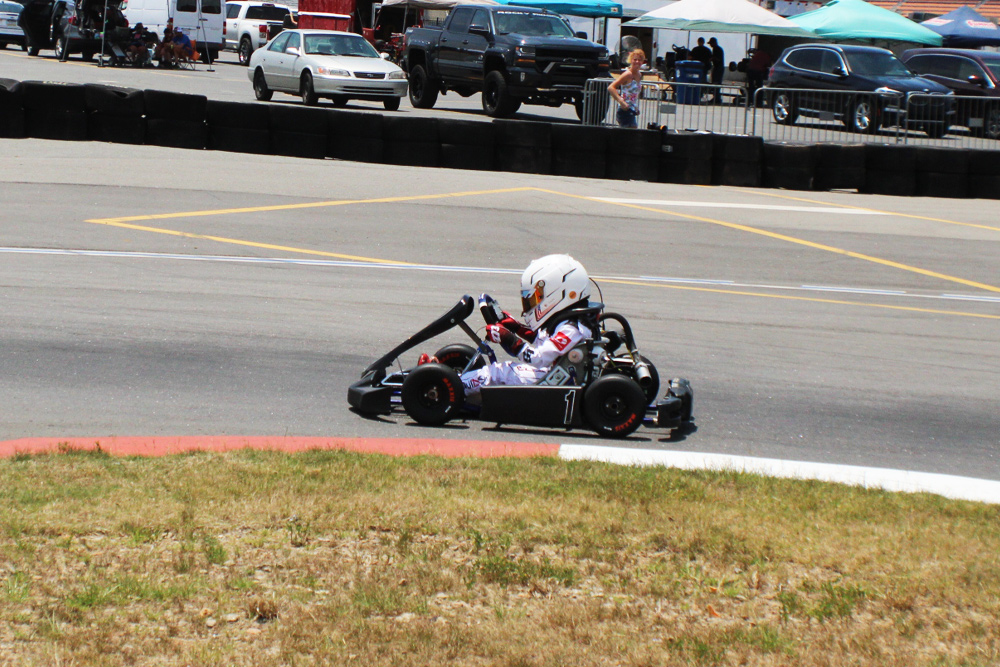 Kid Kart winner Camdon Clay negotiates turn 1