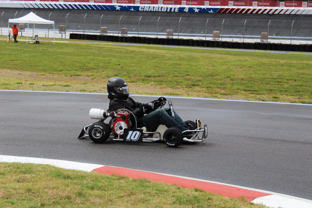 Kenny Buff on his way to the Vintage Super Stock victory