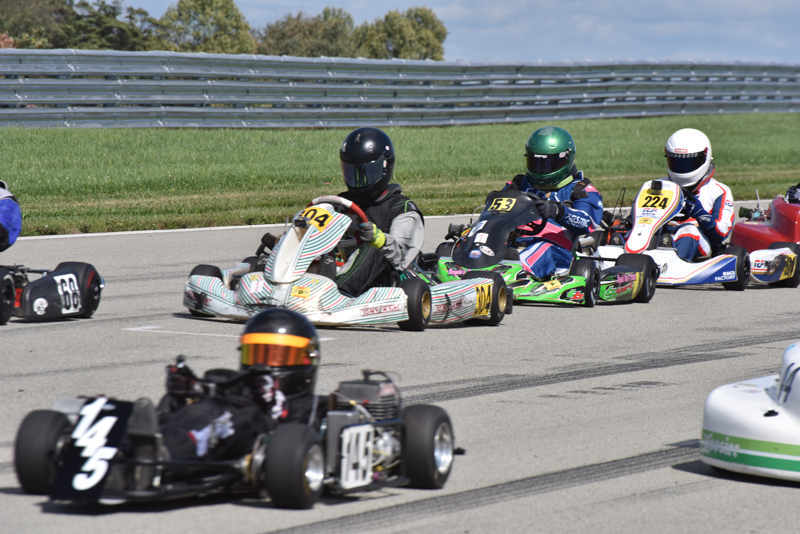 Group practice was busy all weekend at Pitt Race (Bruce Walls)